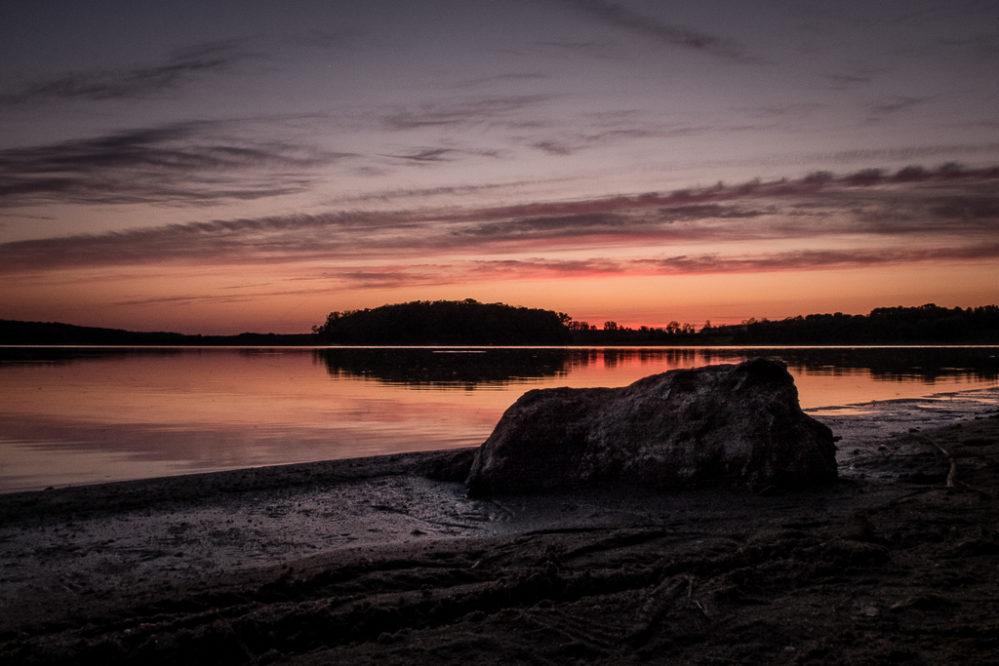 Zachód słońca nad Jeziorem Kowalskim