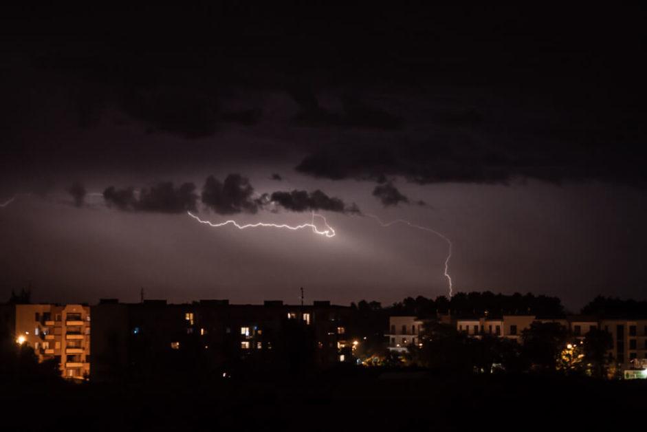 Burza nad Gnieznem - ulica Elizy Orzeszkowej
