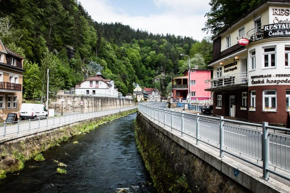 Hřensko - miejscowość nad rzeką Kamenice